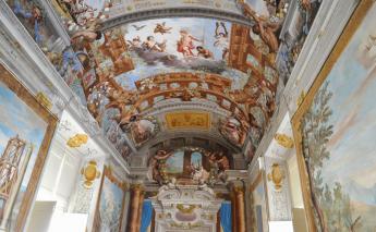 Museo Farmacia Toschi: far sì che un marmo bianco...